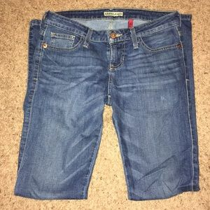 Guess Starlet Straight Leg Jeans Size: 27
